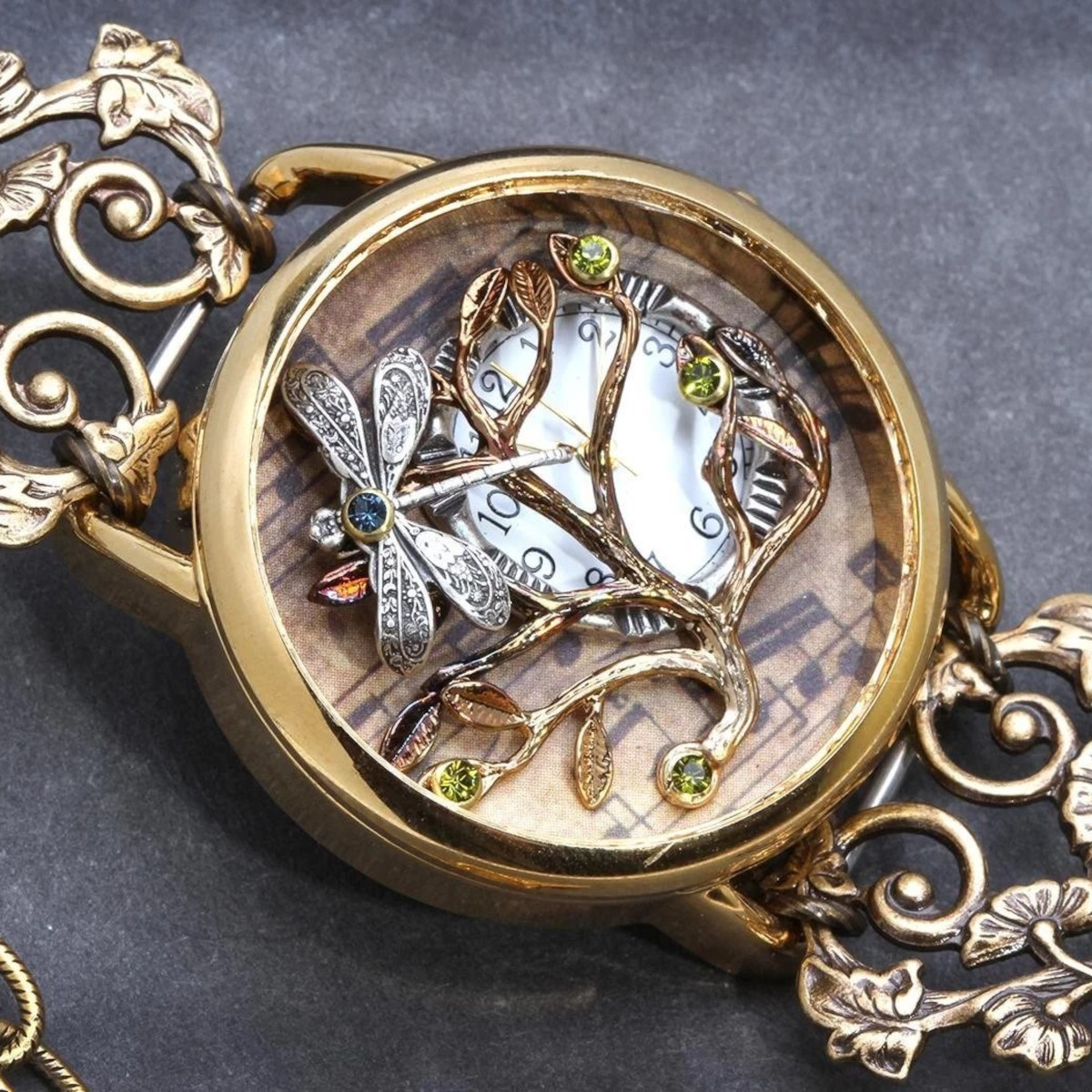Steampunk Wrist Watch - A Definite Buyers Guide