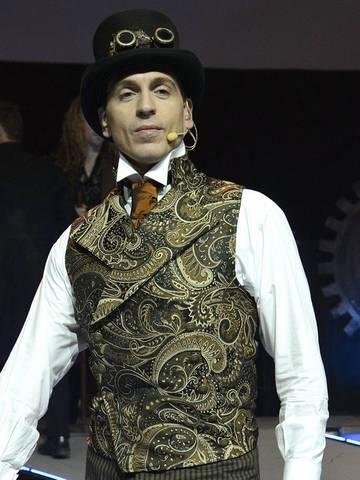 elegant steampunk fashion for work